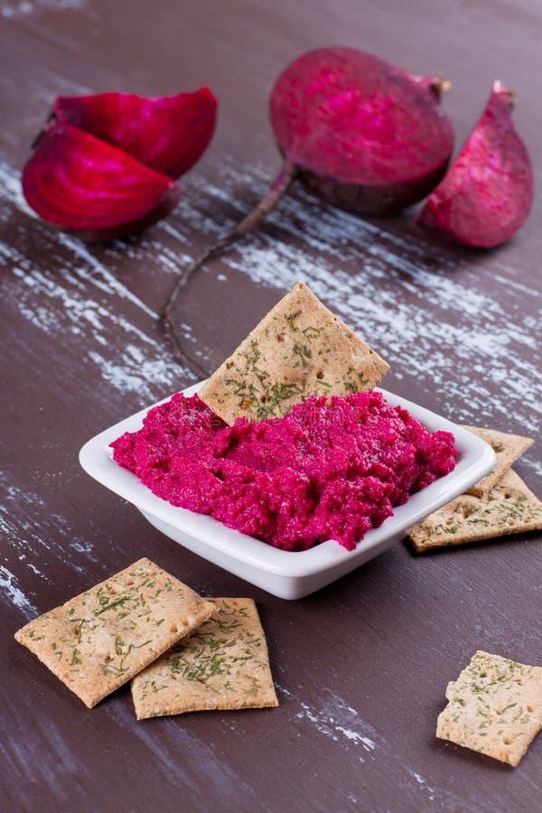 Hummus de las remolachas foto de archivo