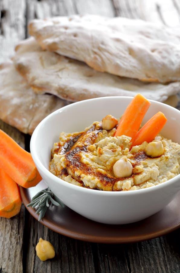 Hummus del garbanzo imagen de archivo libre de regalías