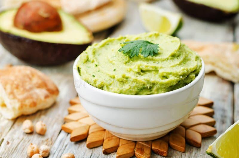 Hummus do abacate fotos de stock royalty free