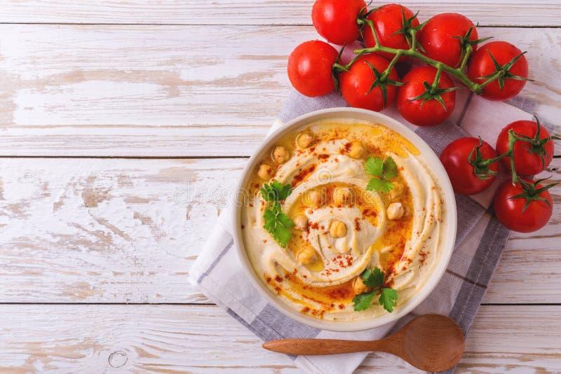 Hummus e grão-de-bico Culinária judaica Vista superior fotografia de stock