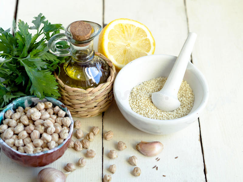 Hummus ingrediens arkivbild