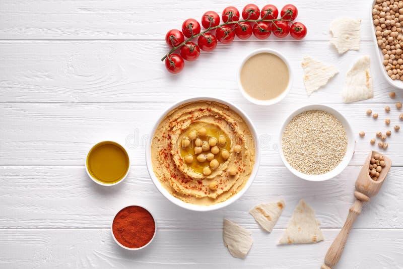 Hummus weganinu upadu chickpeas pasty tradycyjna Śródziemnomorska zdrowa przekąska zdjęcia royalty free