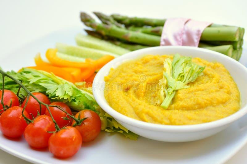 Hummus y vegatables almuerzo, comida del vegano foto de archivo