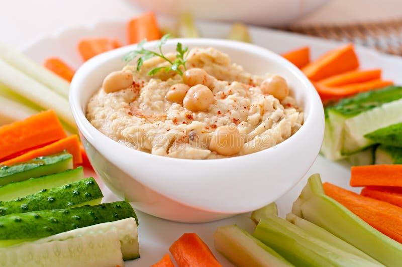 Hummus z warzywami zdjęcia royalty free