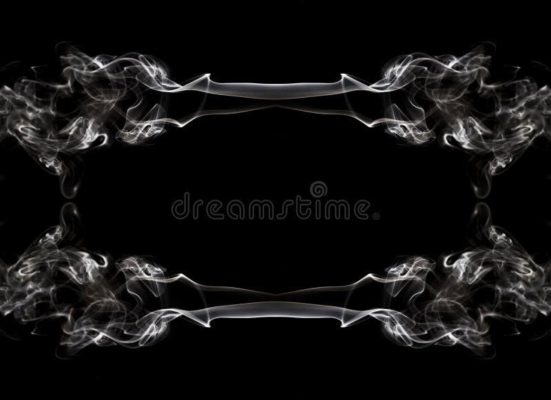Humo en fondo negro como marco imágenes de archivo libres de regalías