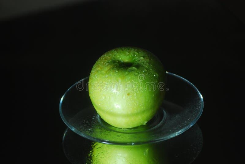 Humor de la manzana de la ma?ana imagen de archivo libre de regalías