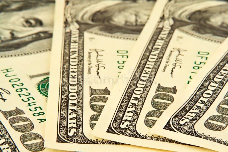 Hundert liegenhalbrund der Dollarbanknoten stockfoto
