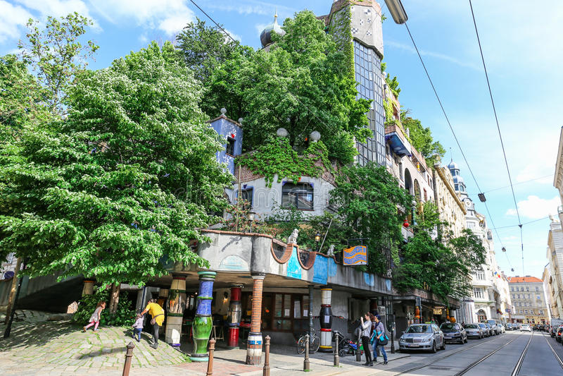 Hundertwasser Haus in Wien lizenzfreie stockfotografie