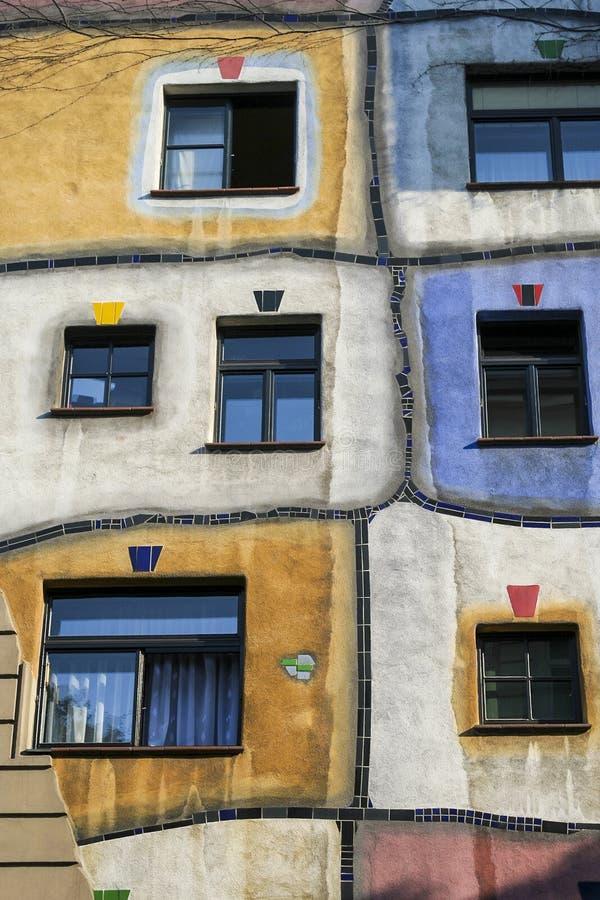 Hundertwasser Windows lizenzfreie stockbilder