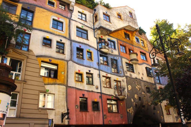 Hundertwasserhaus在维也纳,奥地利 图库摄影