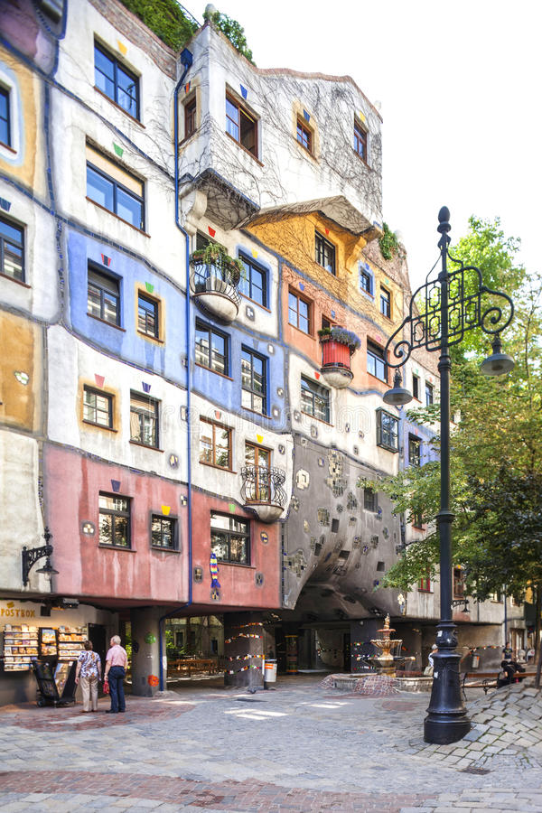 Hundertwasserhaus在维也纳,奥地利 免版税库存照片