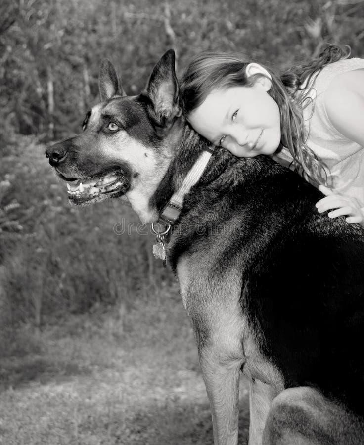 hundflicka henne som är ung royaltyfri foto
