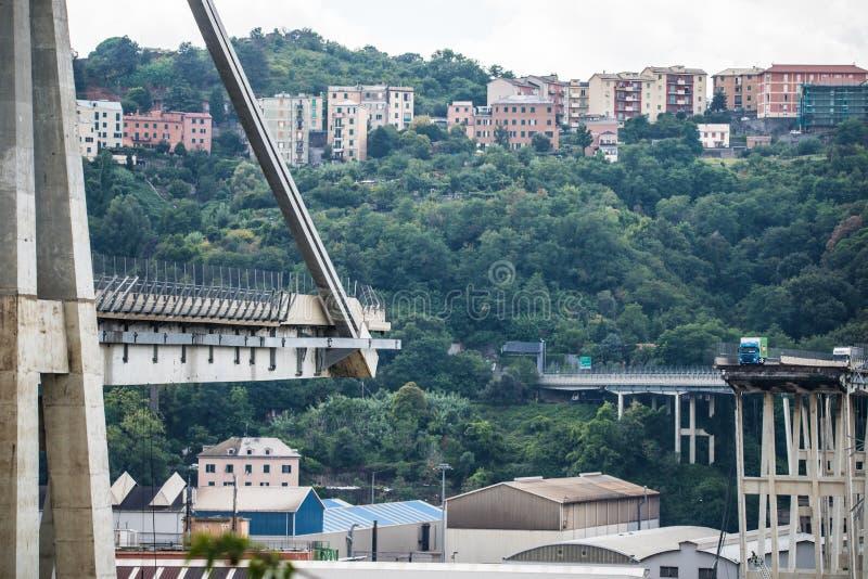 Hundimiento del puente de Morandi en Génova, Italia foto de archivo
