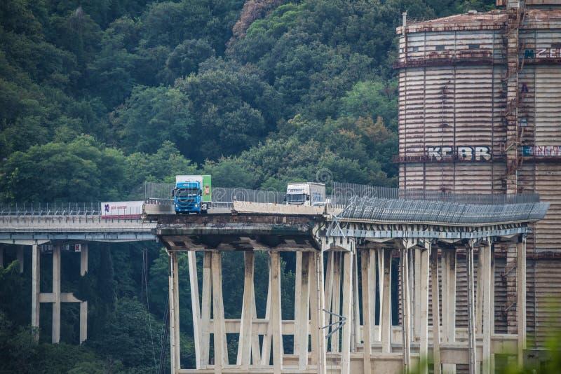 Hundimiento del puente de Morandi en Génova, Italia fotografía de archivo