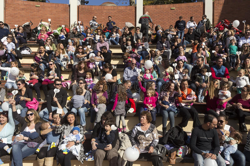 Hundreds of mothers attended 6th Nationwide breastfeeding in pub stock photos