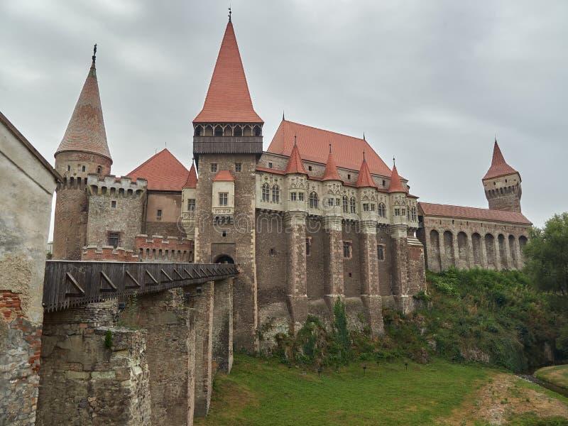 Hunedoara, Rumänien - 23. September 2019: Burg Corvin oder Schloss Hunyadi in Hunedoara, Rumänien stockfotografie