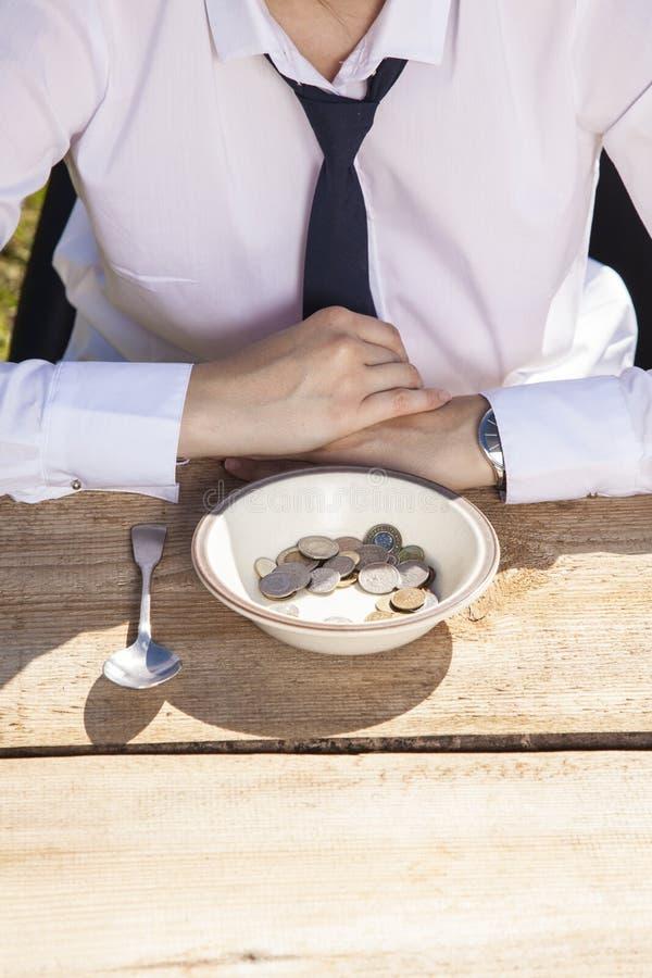 Hunger- und Bedarfsgeld lizenzfreies stockfoto