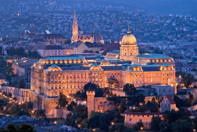 Hungría, Budapest, colina del castillo y castillo. Ciudad fotos de archivo libres de regalías