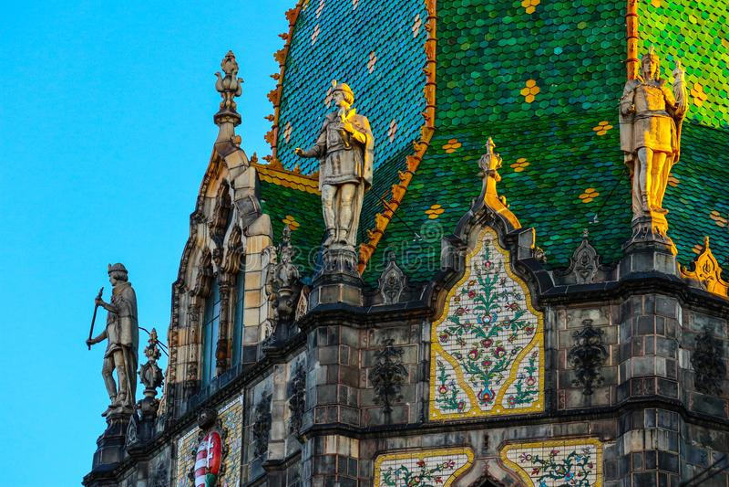 Hungria, Budapest, parte da decoração do museu de aplicou A fotos de stock royalty free
