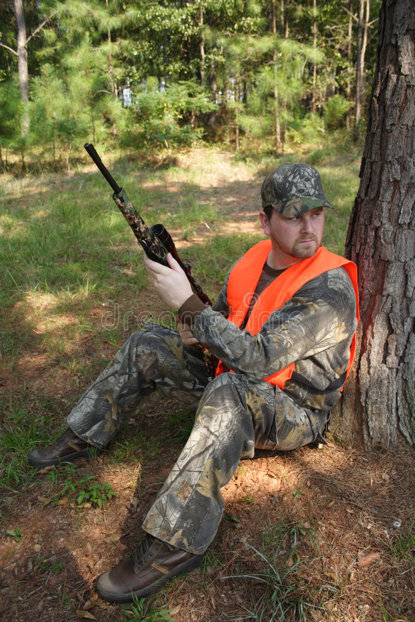 Free Hunter Hunting Royalty Free Stock Photos - 680238
