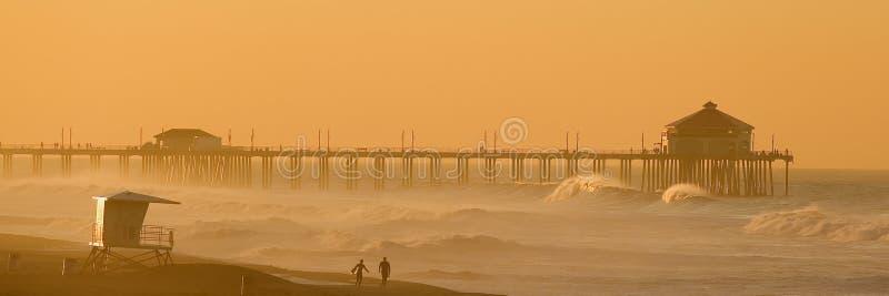 Huntington Beach no alvorecer. imagem de stock