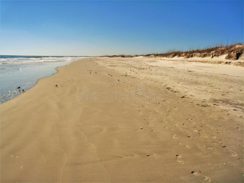 Huntington Beachdyn, sand och hav royaltyfria foton