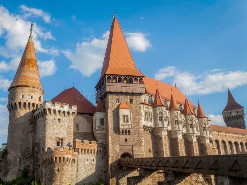 Hunyad slott, slott för Corvin ` s i Hunedoara arkivfoton