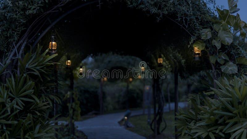 Huraganowe lampy w ogródzie przy nighttime fotografia royalty free