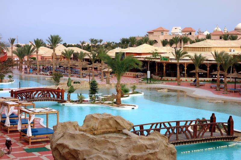 Hurghada, Egipto - mayo 9,2015 Centro turístico tropical hermoso en Hurghada imagenes de archivo