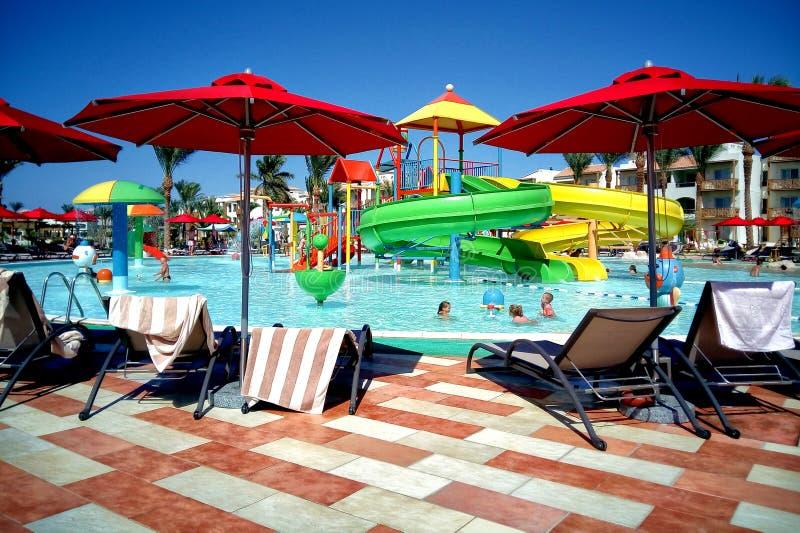 Hurghada, Egypte - 15 août 2015 : L'hôtel cinq étoiles luxueux Dana Beach Resort dans Hurghada est un du Pickalbatros Est un t po photos libres de droits