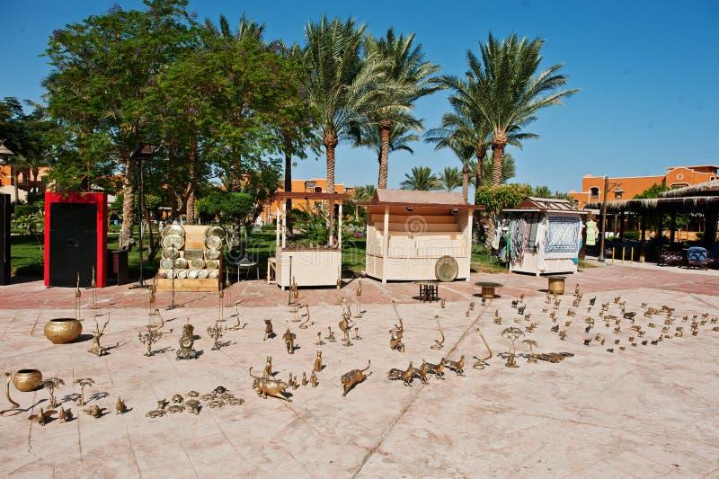 Hurghada, Egypte -20 Augustus 2016: Gouden metaalcijfers stock fotografie