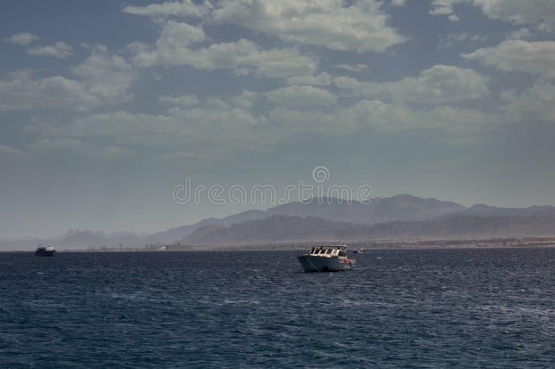 Hurghada, Egypte Bateaux accouplés à l'île de Paradise photos libres de droits