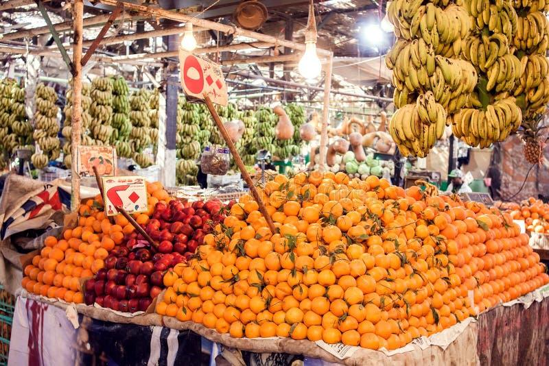 Hurghada Egypten, grönsakmarknad 08 12 2018 royaltyfria foton