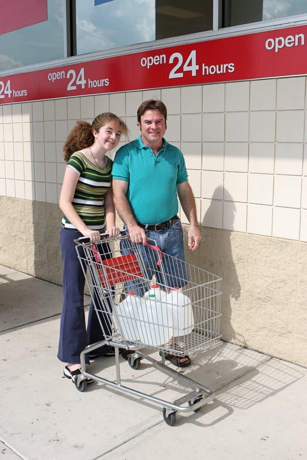 Hurrikan-Bereitschaft - Einkaufen lizenzfreie stockfotos