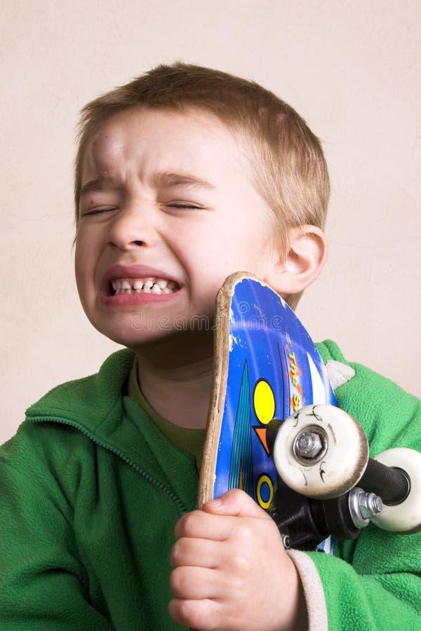 Download Hurt fotografia stock. Immagine di sorridere, skater, occhi - 7320526