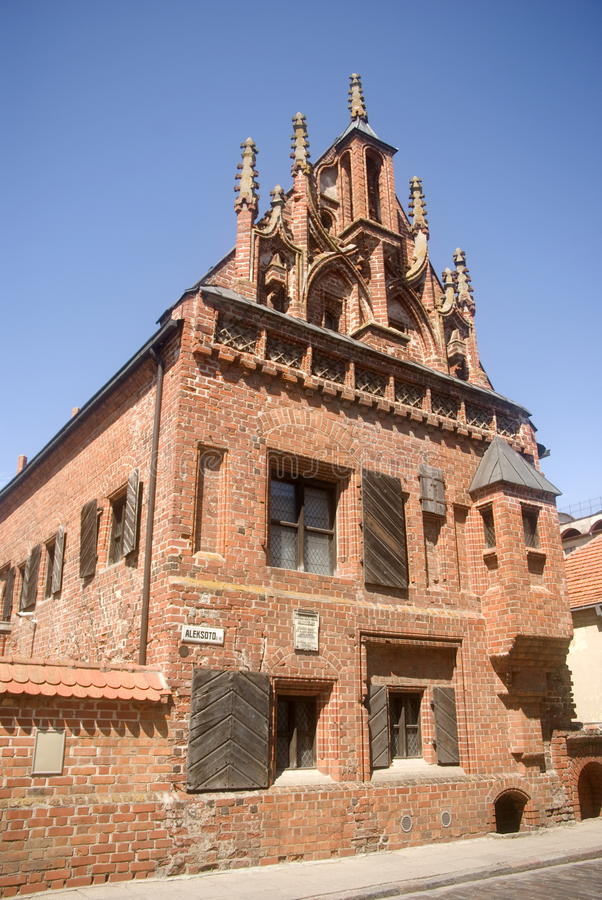 Hus av Perkunas, Kaunas, Litauen royaltyfri foto
