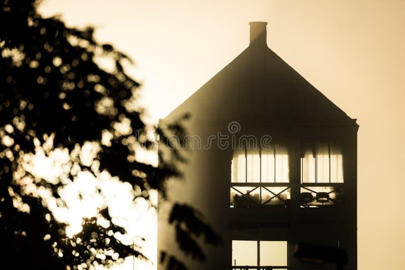 Hus i mjukt ljus
