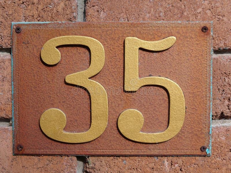 Hus nummer trettiofem royaltyfria bilder