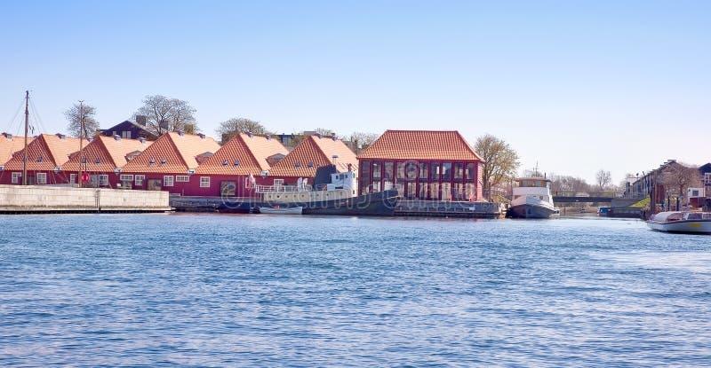 Hus på kusten arkivfoto