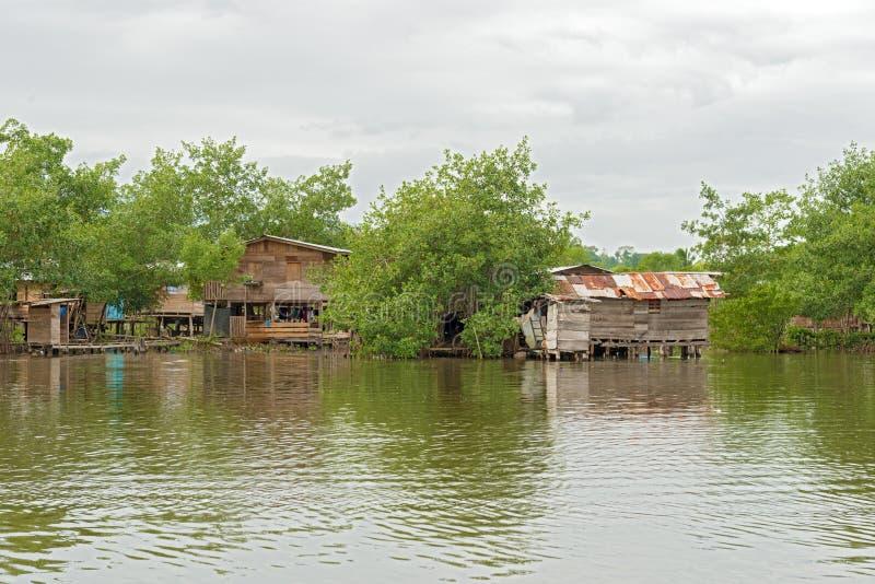 Hus på vattnet i Almirante, Panama royaltyfria foton