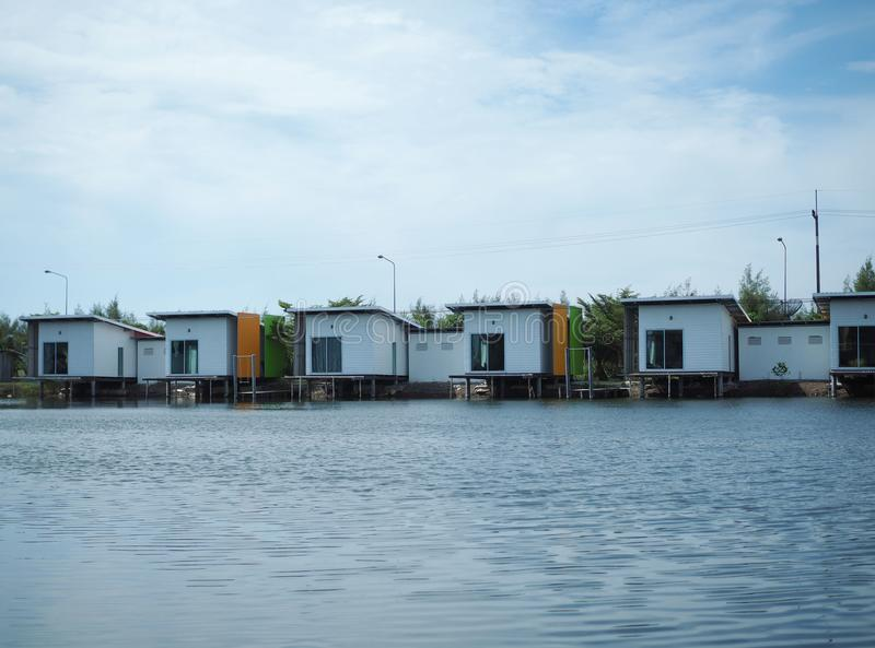 Husask på sjön royaltyfri fotografi