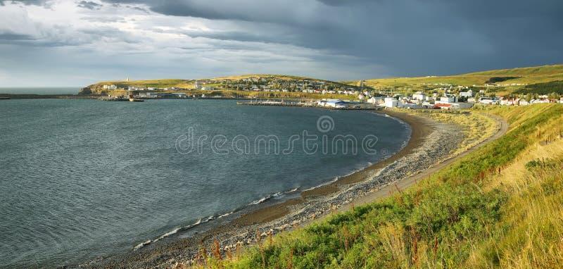 Husavik村庄,冰岛 库存图片