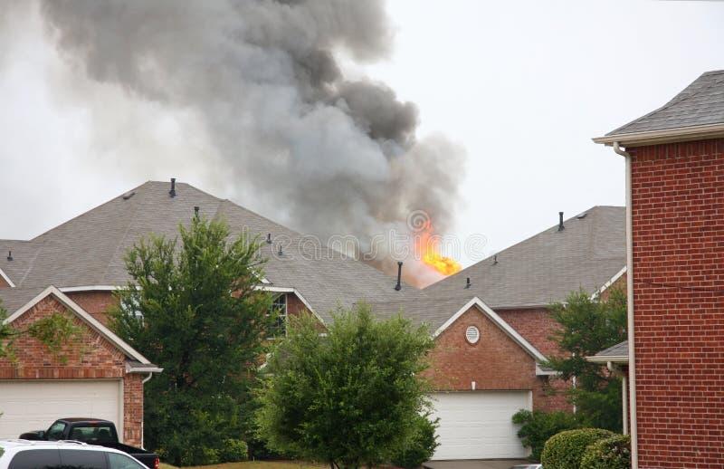Husbrand arkivbild