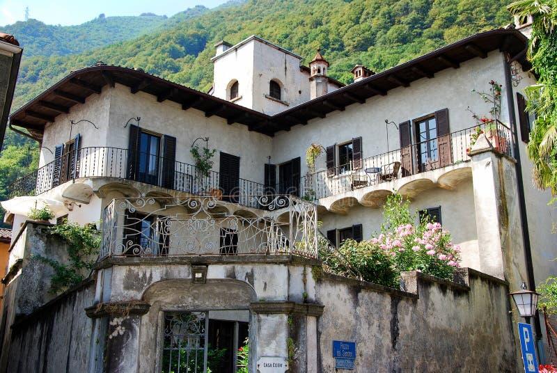 Huset av målaren Antonio Ciseri arkivbilder