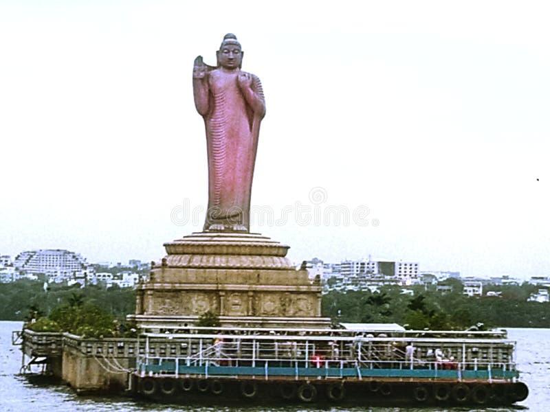 Hussain Sagar Lake met het Standbeeldmening van Boedha van Hyderabad - Hyderabad, India stock fotografie