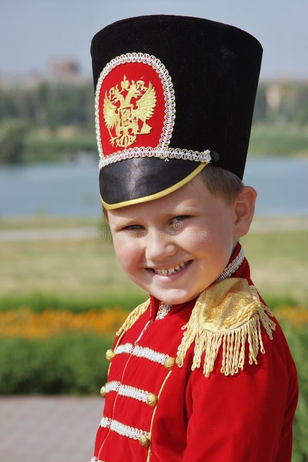 hussar мальчика меньший костюм стоковое изображение rf