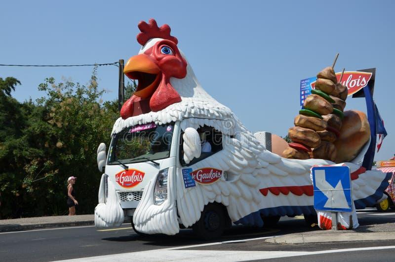 Husvagnen av turnerar Tour De France i 2019 royaltyfri bild