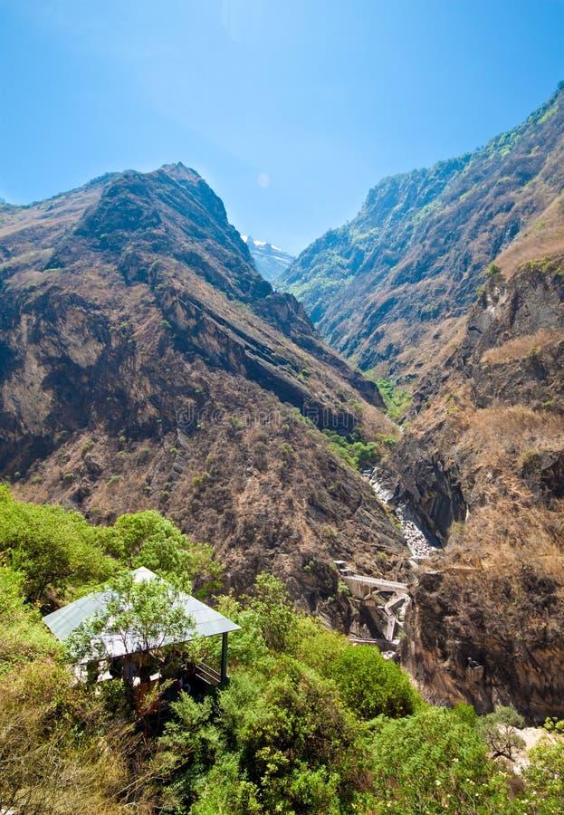 A hut at Tiger Leaping Gorge near Shangri-la. Resting hut at Tiger Leaping Gorge near Shangri-la, Yunnan China stock photography