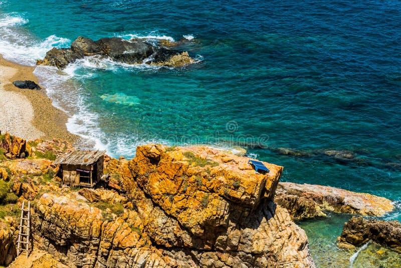 Hutte près de l'océan photographie stock