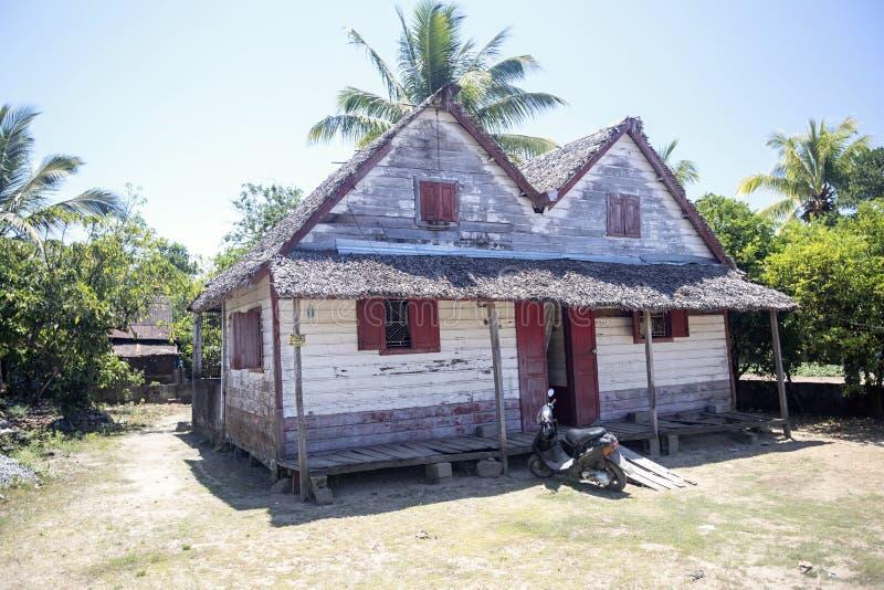 Hutte simple sur la campagne malgache, Madagascar photos libres de droits